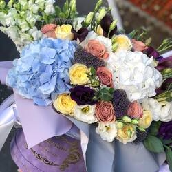 Cele mai frumoase aranjamente florale in cutii de lux pentru Maria ta💗