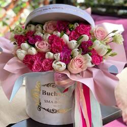 Sunday perfume in a special bouquet Buchetino💗  Order🌐: www.buchetino.ro Call ☎️: 0720701701 Shop🏠: B-dul Mircea Voda 34, Bucuresti Shop🏠: B-dul Mamaia 62; Constanta