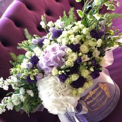 Emotions in a luxury bouquet of flowers Buchetino❤️  Order🌐: www.buchetino.ro Call ☎️: 0720701701 Shop🏠: B-dul Mircea Voda 34, Bucuresti Shop🏠: B-dul Mamaia 62; Constanta