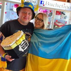 Astazi ne-au vizitat magazinul suporterii din Ucraina. Hai UCRAINA 🇺🇦✌️Euro2021 @denisaenko