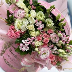 Show your love to the person you love with Buchetino🤍💗  Order🌐: www.buchetino.ro Call ☎️: 0720701701 Shop🏠: B-dul Mircea Voda 34, Bucuresti Shop🏠: B-dul Mamaia 62; Constanta  #livramflori #giftideas #luxuryflowersboxes #deliveryflowers #heartroses #boquete #luxurygifts #luxuryflorist #tulips #naturalflowers #buchetino #luxuryflowersboutique #boutiquegiftshop #buchetinodesign #boutiquegiftshop #cadouridelux #cutiicuflori #florideprimavara #buchetflori #springflowers #luxurystyle #newpost