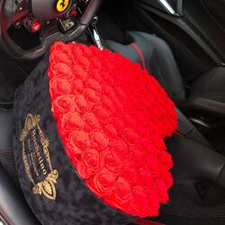 The most beautiful declaration of love, 101 red roses❤️ queen of luxury flowers👑  Order🌐: www.buchetino.ro Call ☎️: 0720701701 Shop🏠: B-dul Mircea Voda 34, Bucuresti Shop🏠: B-dul Mamaia 62; Constanta  #livramflori #giftideas #luxuryflowersboxes #deliveryflowers #heartroses #boquete #luxurygifts #luxuryflorist #tulips #naturalflowers #buchetino #luxuryflowersboutique #boutiquegiftshop #buchetinodesign #boutiquegiftshop #cadouridelux #cutiicuflori #florideprimavara #queenofluxuryflowers